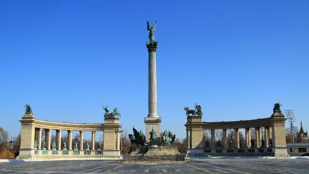 Heroes Square, weekend in Budapest