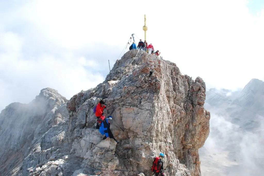 Zugspitze hike summit