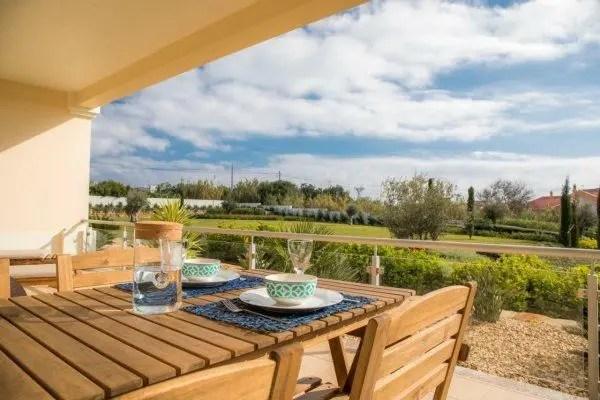 Villa Rentals in Algarve - Cercado