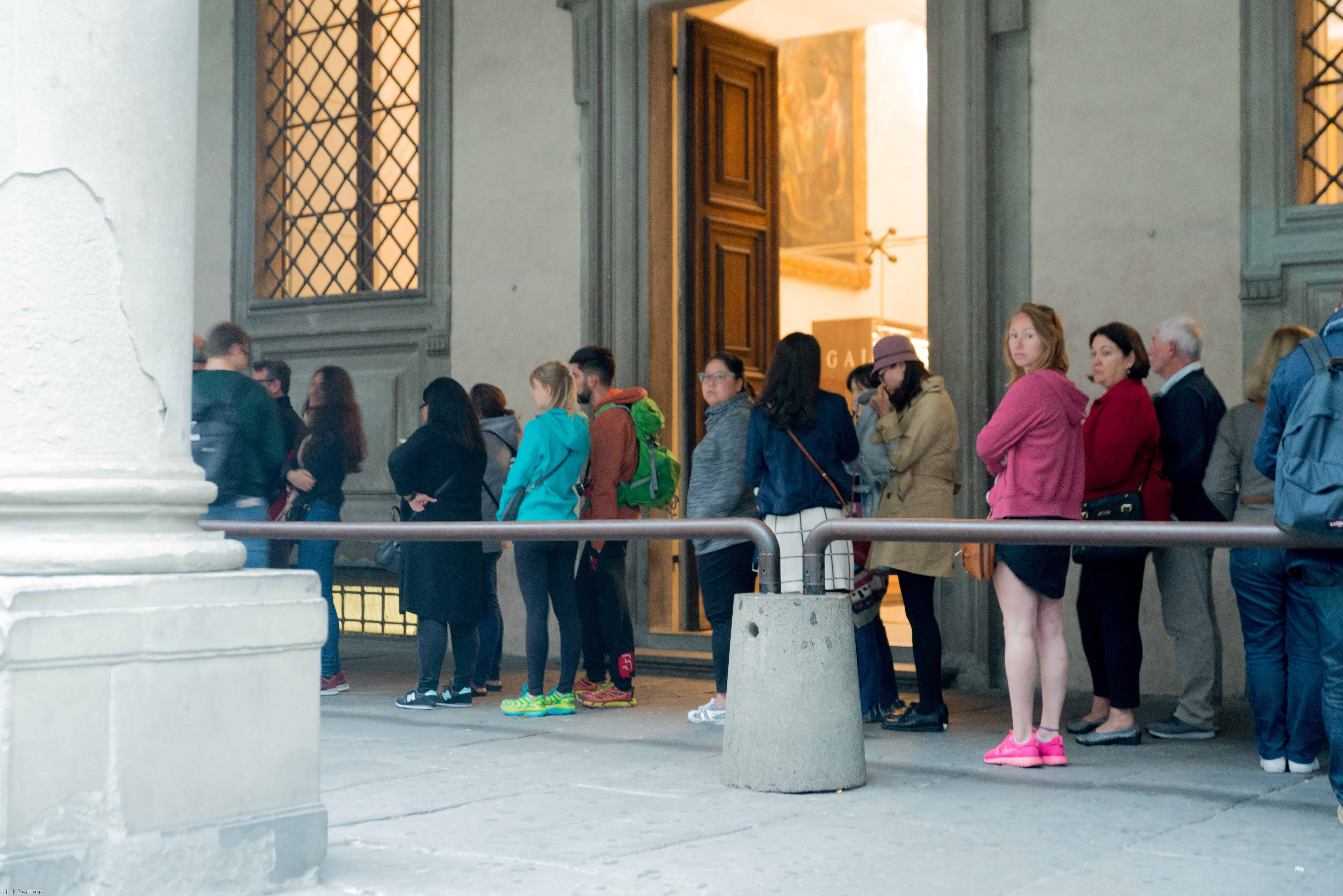 line to enter uffizi