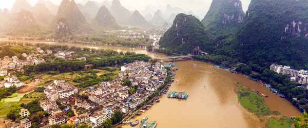 Yangshou and its karst mountains are one of the most famous scenes of rural China.