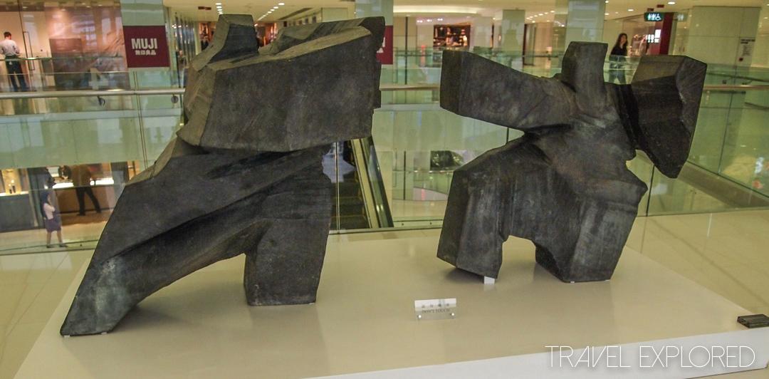 Hong Kong - Ocean Center, Kowloon Sculpture