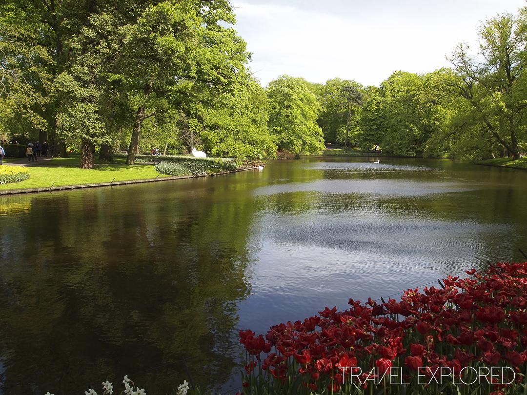 Amsterdam - Keukenhof Gardens Lake