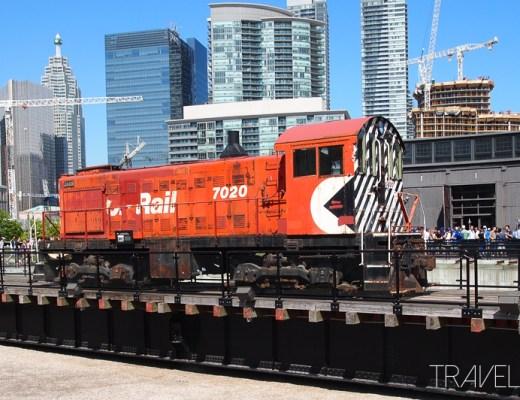 Toronto - Roundhouse Train