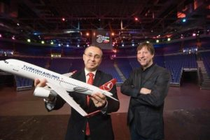 Hasan Mutlu, General Manager of Turkish Airlines Ireland, with Mike Adamson, CEO of Live Nation Ireland
