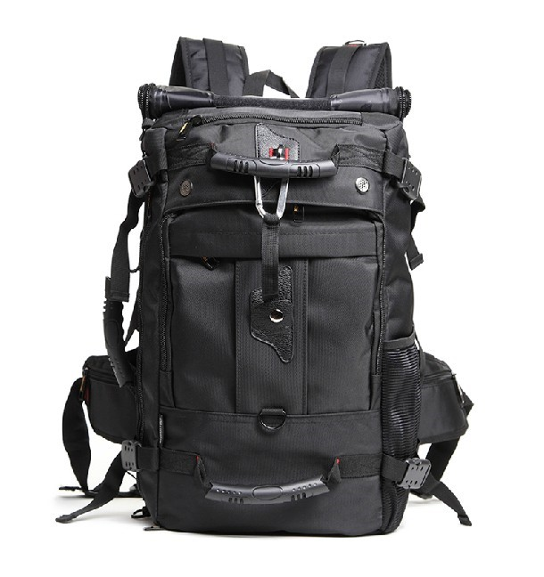 The Best Backpacks For Men To Carry When Traveling 2