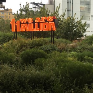 Street Art and other things along the High Line Park - Travel for a Living