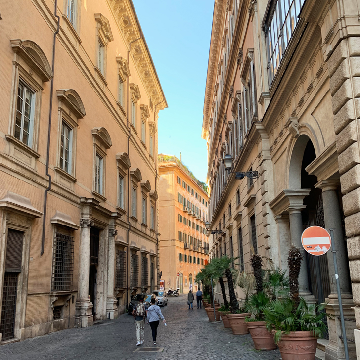 Rome in two hours - a self-guided walking tour through Rome - Travel for a Living