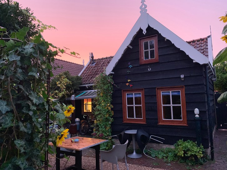 Review of the 'Little American Guesthouse' in Wemeldinge Zealand (NL) - Travel for a Living