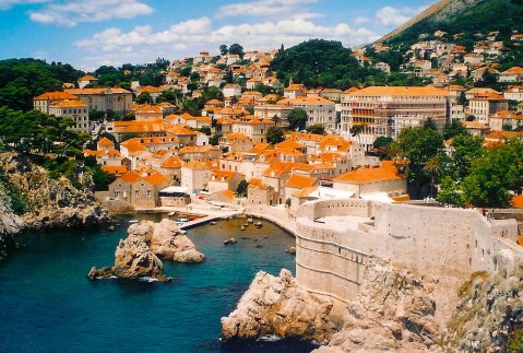 •Dubrovnik_view_from_ocean_final