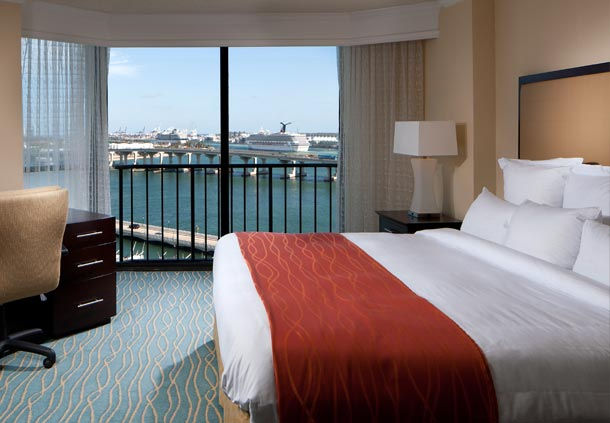 4 star Miami Marriott Biscayne Bay hotel for 150  The