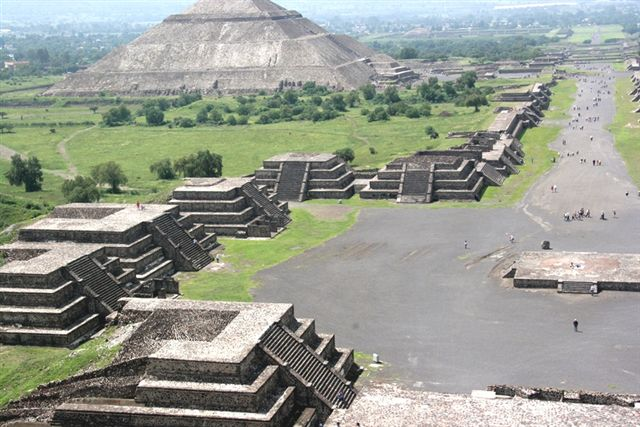 https://i0.wp.com/www.travelgrove.com/blog/wp-content/uploads/teotihuacan2.jpg