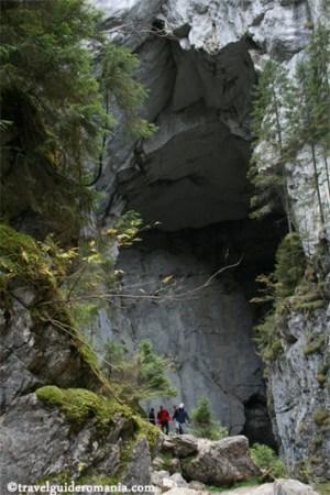 Cetatile Ponorului cave - Apuseni nature Park