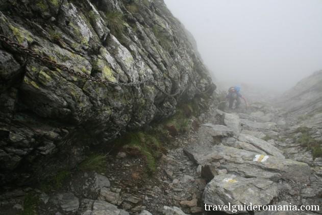 trail in Fagaras mountains