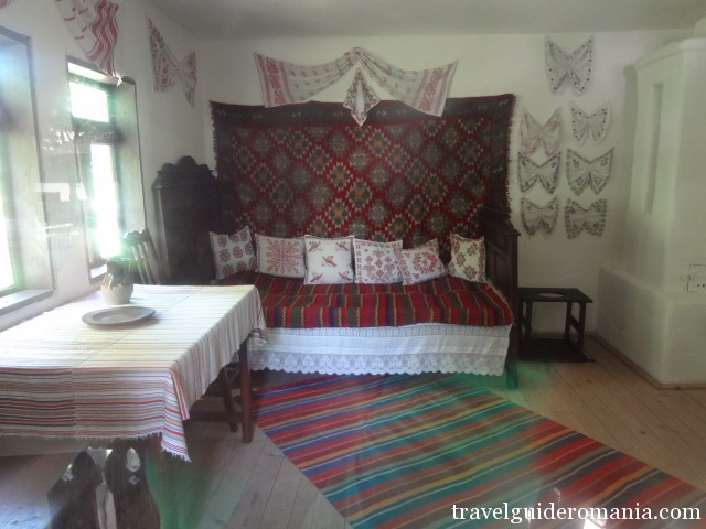 Indoor of a traditional house from Arges folk area