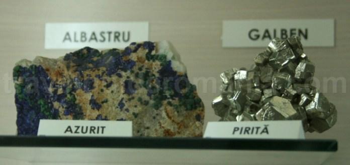 Azurit si Pirita de la Muzeul Aurului - Brad