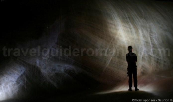 Al doilea cel mai mare ghetar subteran din Romania - Avenul Bortig