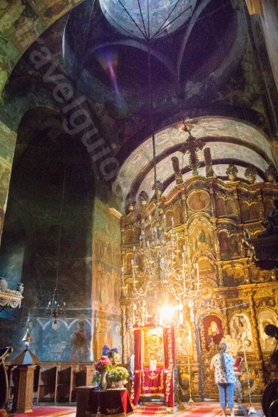 Interiorul Bisericii Manastirii Neamt - Moldova