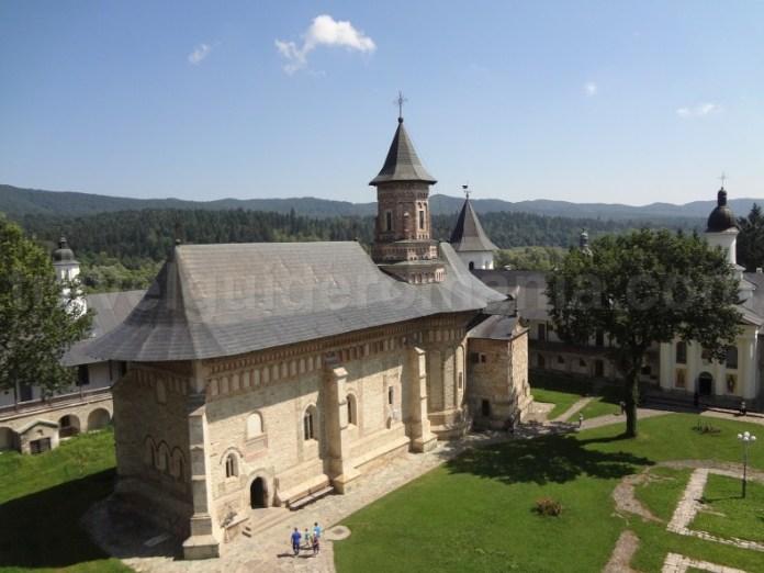 Vizitand Manastirea Neamț - Moldova - Romania