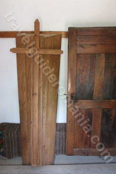 Inmormantarea dupa obiceiuri traditionale romanesti