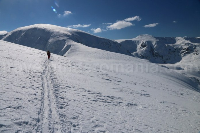 Ascensiune de iarna in Muntii Parang - Romania