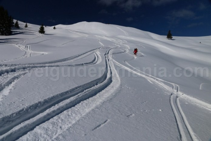 Coborare off-piste din Creasta Muntilor Parang - Romania