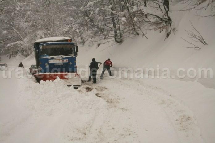 Drumul Budureasa - Stana de Vale pe timp de iarna