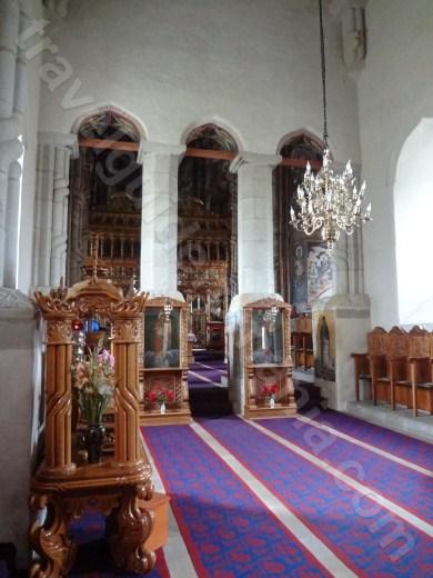 Interiorul bisericii Manastirii Dragomirna