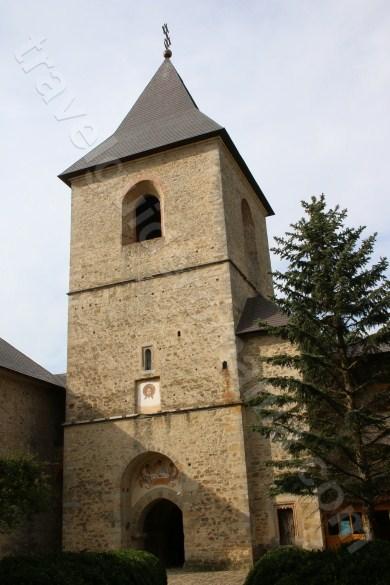 Turnul de intrare in incinta Manastirii Dragomirna