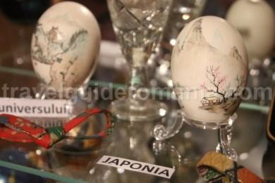 Oua incondeiate de artisti japonezi expuse la Vama, Bucovina