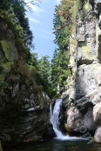 A doua cascada din Canionul Valea Marii - Muntii Retezat