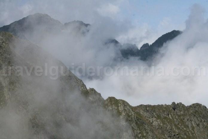 Muntii Fagaras - subunitate a Carpatilor Meridionali