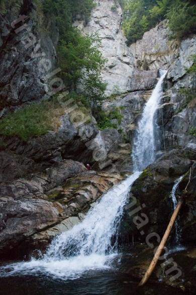 Obiective turistice in Valea Jiului - Canionul Valea Marii