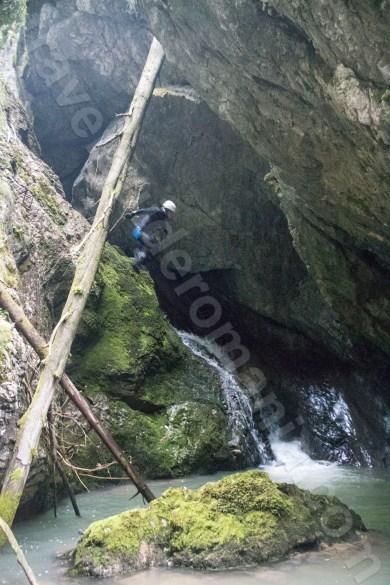 Atractii turistice din Muntii Apuseni - Canionul si Cheile Galbenei
