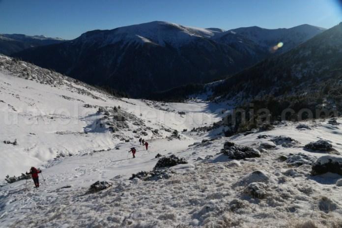 Drumetie in Muntii Godeanu - urcare pe Varful Gugu