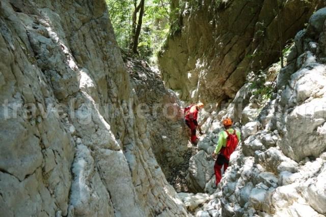 Locuri de vizitat cu ghid montan langa Bran - Canionul Oratii