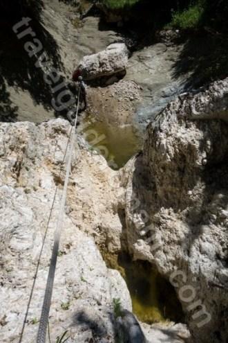 Turism de aventura langa Bran - Canyoning in valea Oratii