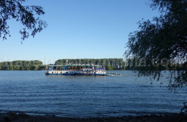 excursie-in-delta-dunarii-cu-vaporasul