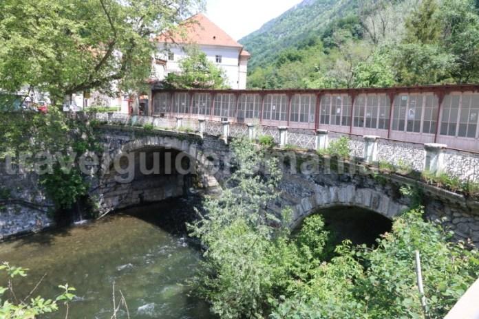 Podul de Piatră (Podul acoperit) - Baile Herculane