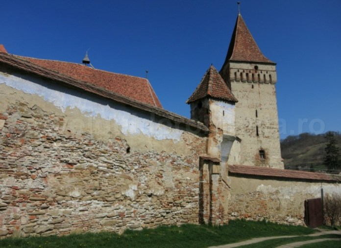 biserica fortificata mosna transilvania