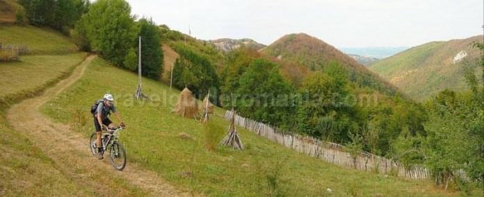 Valea bratcutei mtb biking Padurea Craiului Apuseni