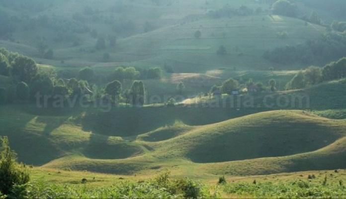 doline-farcu-Padurea-Craiului-Apuseni