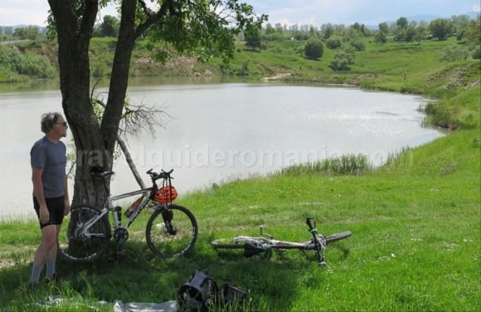 Destinaţia ecoturistică Mara Cosău Creasta Cocoșului Maramureş bicicleta ocna sugatag lac sarat