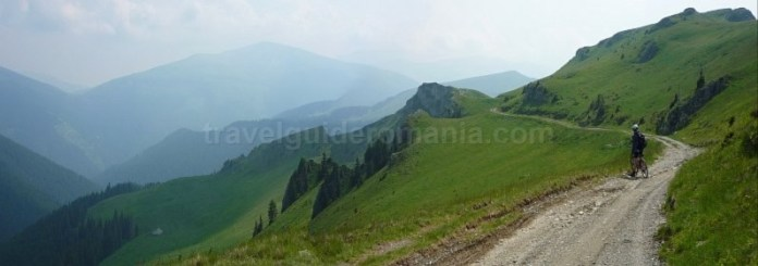 muntii latoritei drumul strategic boarnesu mountain-biking mtb