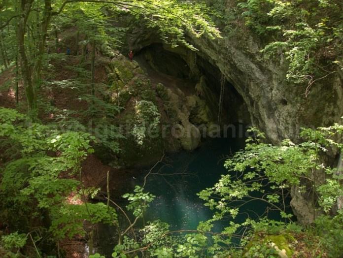 Parcul Național Cheile Nerei-Beusnita - Lacul Dracului