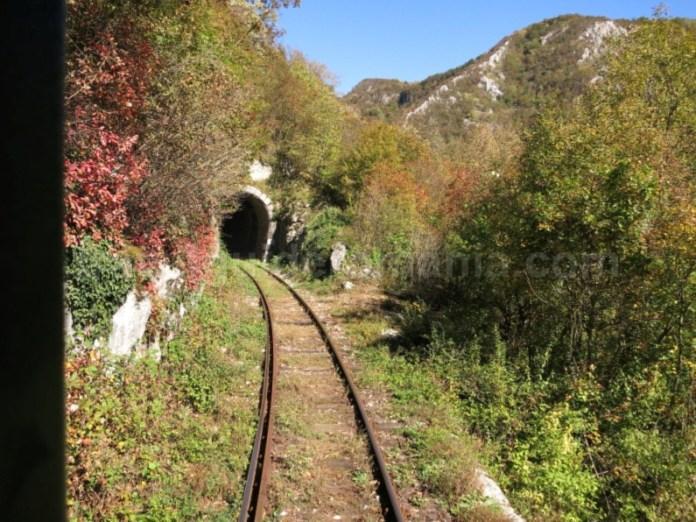 linia ferata montana tunel anina oravita