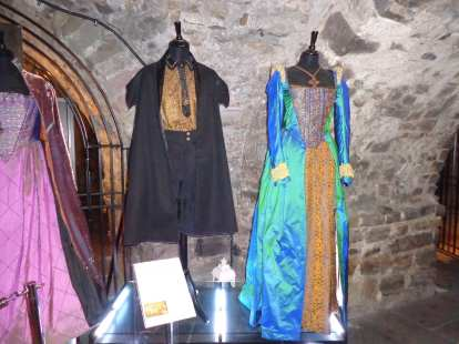 the tudors costumes