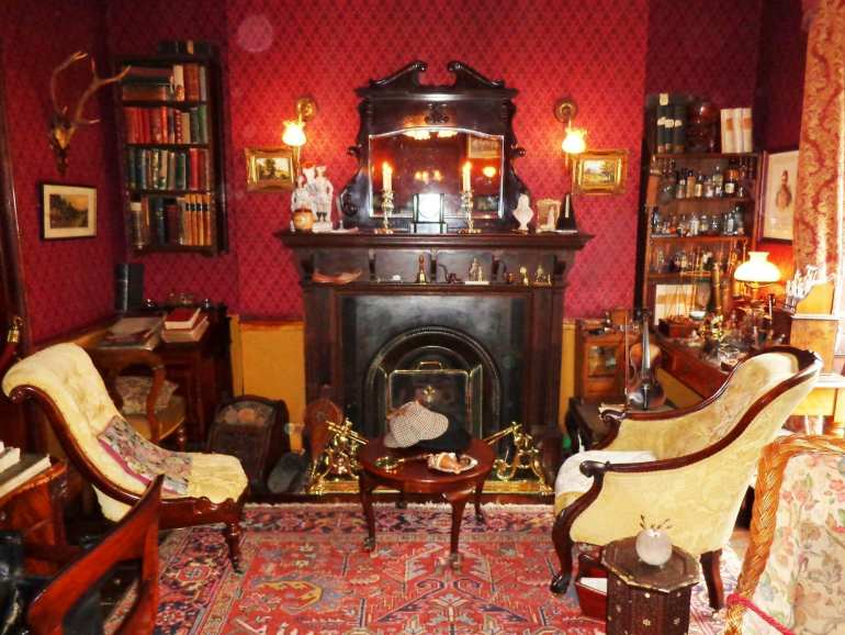 Sherlock Holmes Museum living room london england