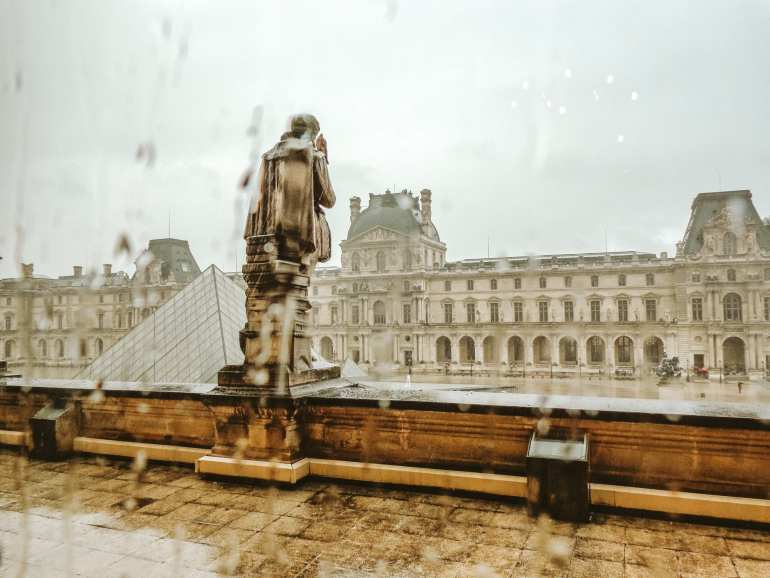paris louvre Pack Light for Europe in Summer