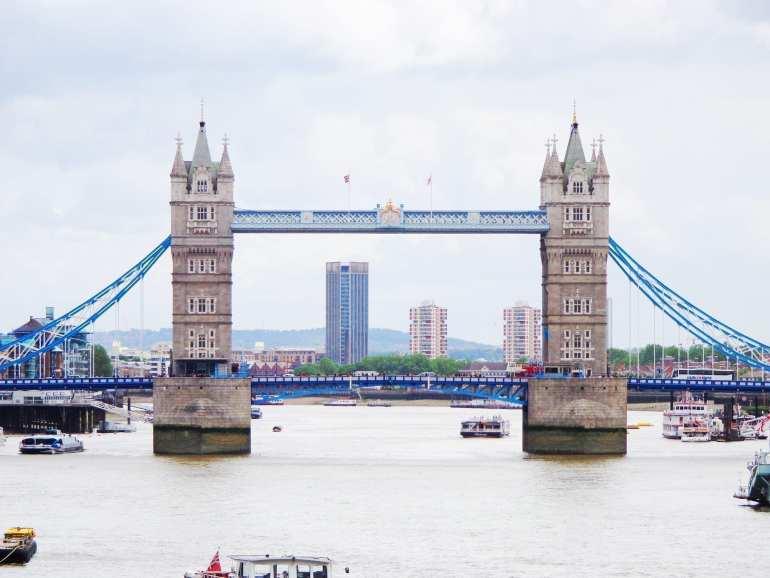 tower bridge london tour guide